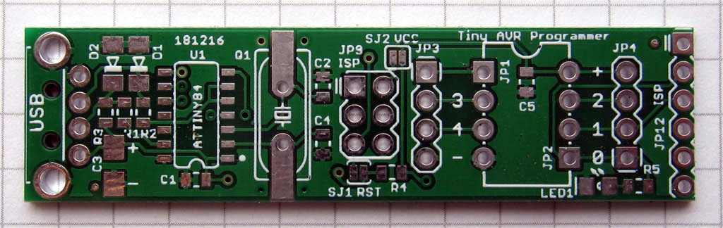 Tiny AVR Programmer PCB top