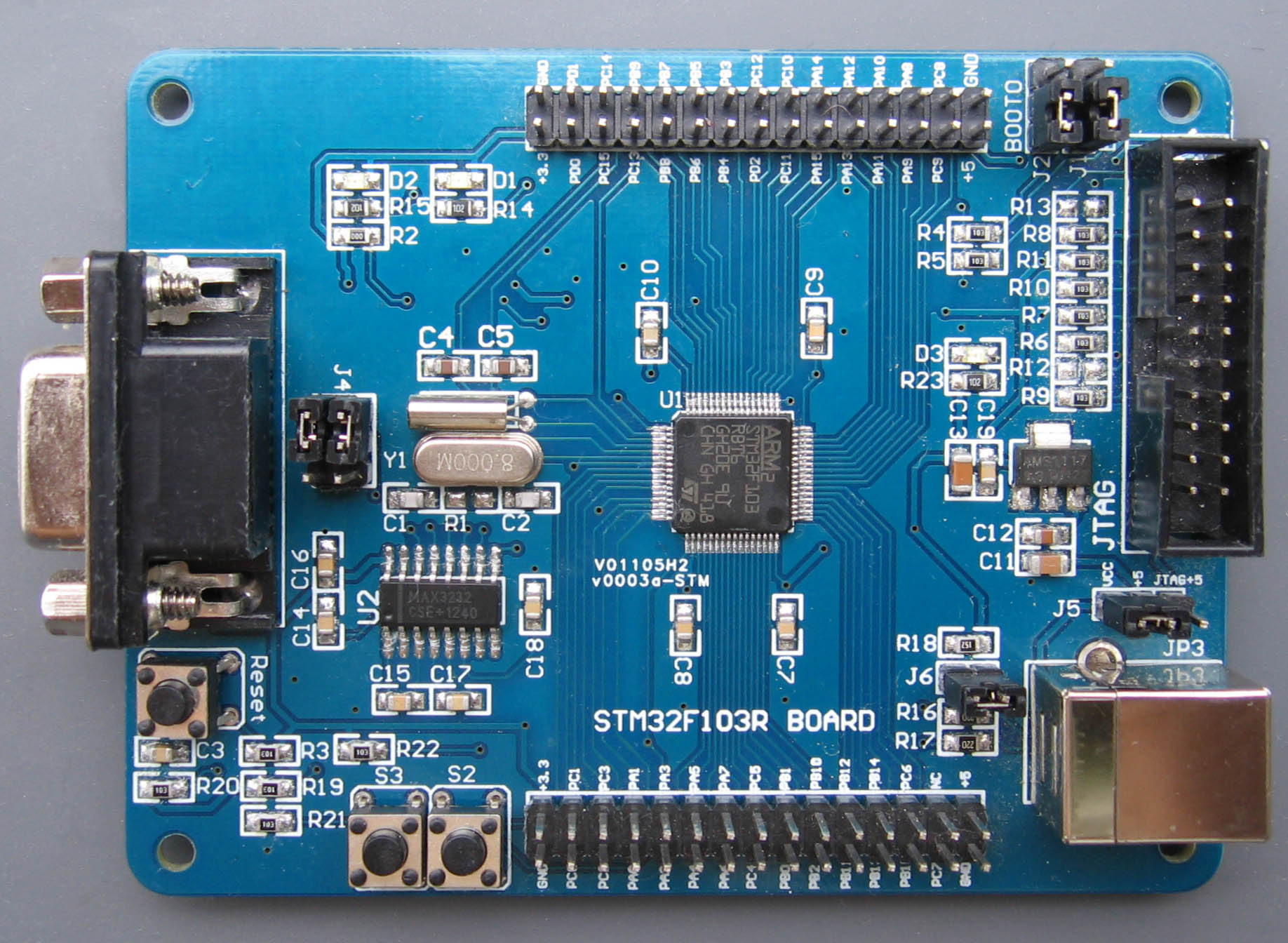 STM32F103R BOARD top