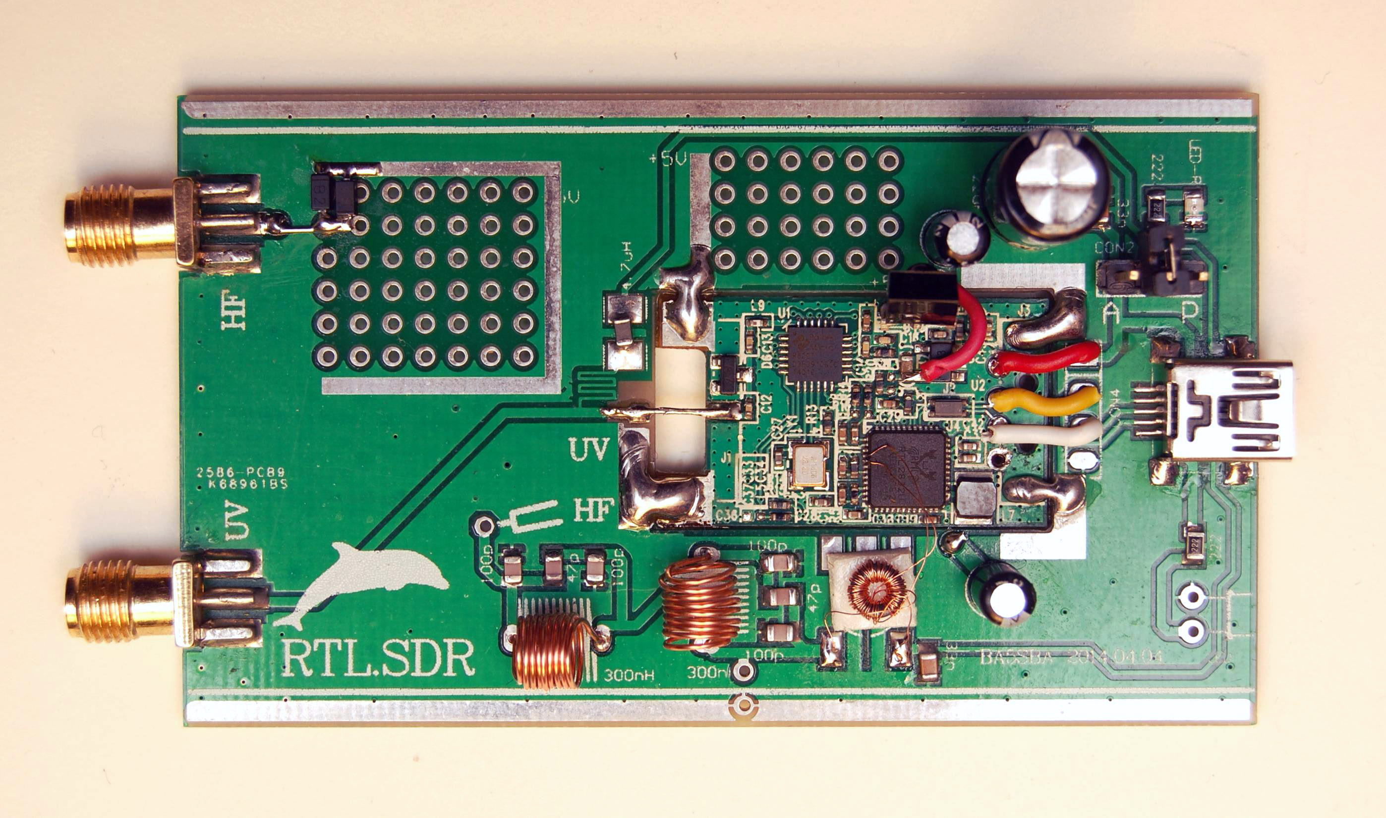 RTL SDR receiver box inside